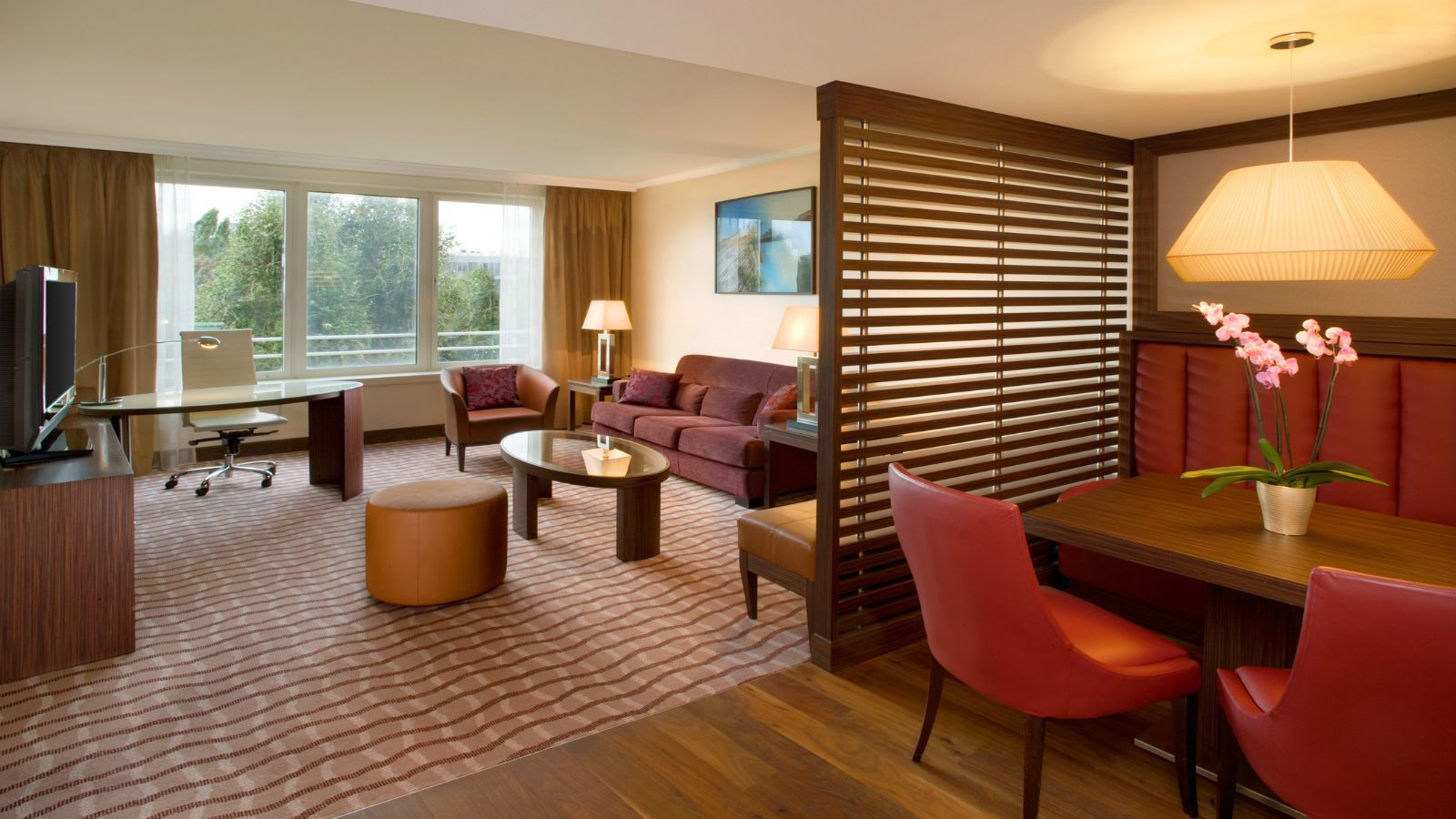 Long-stay apartments at the Sheraton Warsaw Hotel